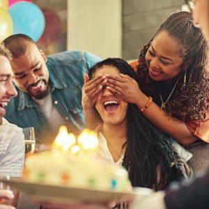 8 پیشنهاد جذاب برای سورپرایز تولد